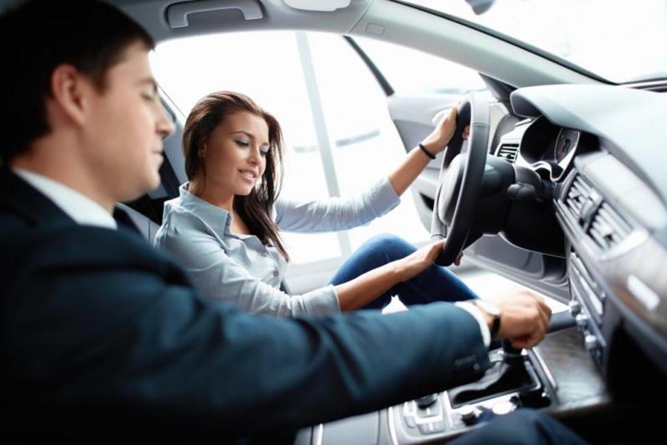 Kiểm tra an toàn trước khi vận hành xe ô tô